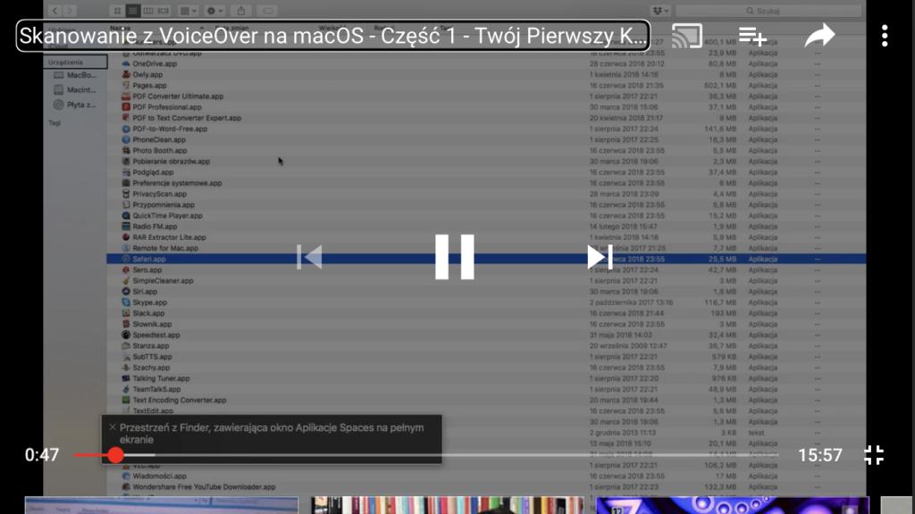 Kadr z nagrania z otwartym oknem Findera