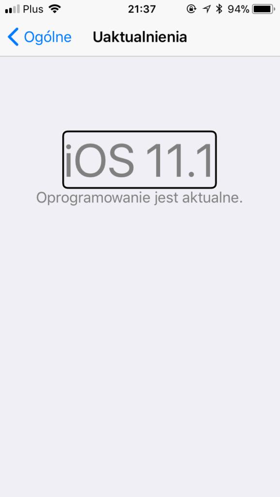 Zrzut ekranu z iPhone - Informacja o aktualności systemu w wersji iOS11.1