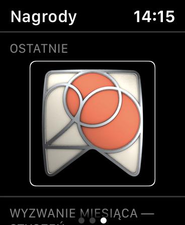 Zrzut ekranu z Apple Watch z aplikacji Aktywność - Na ekranie znajduje się informacja, że cel w ruchu został osiągnięty na poziomie 200%.