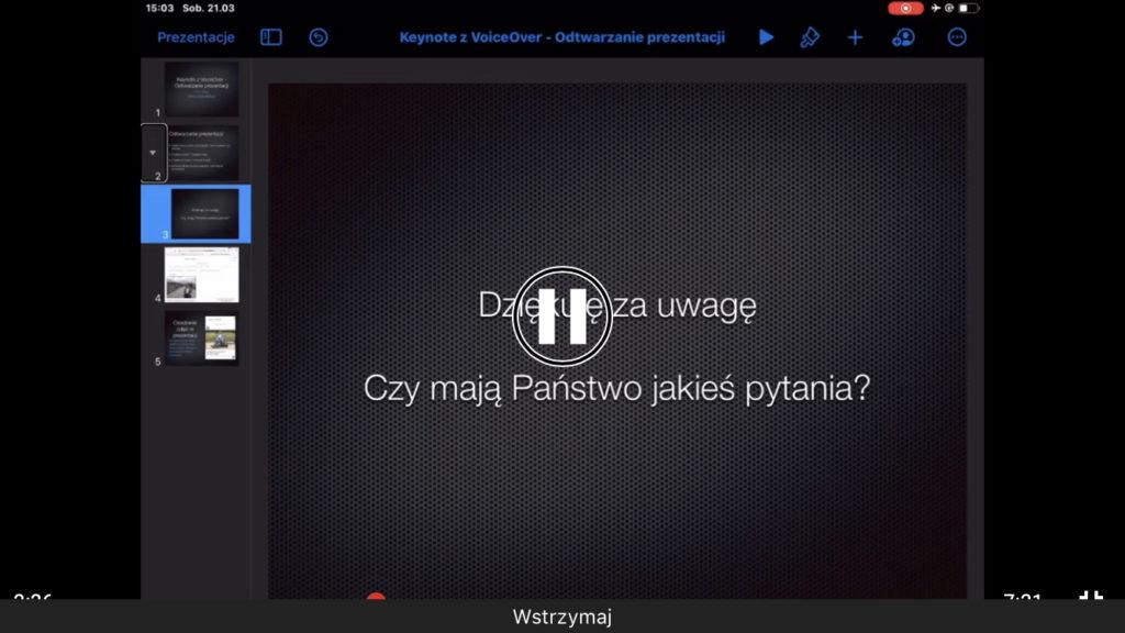 Kadr z nagrania - Widok zgrupowanych slajdów w mobilnej aplikacji Keynote