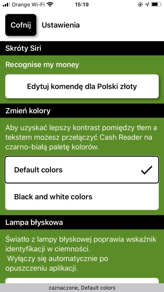 Zrzut ekranu z iPhone - Okno Ustawień z wyborem trybu domyślnego oraz Czerni i bieli.