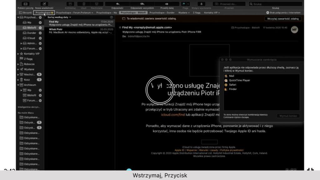 Okno aplikacji Mail w systemie macOS i fokus VoiceOver ustawiony na pasku Ulubionych