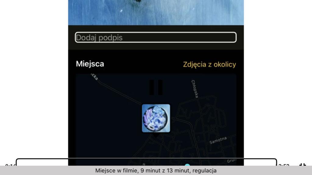 Kadr z nagrania - Fokus VoiceOver na polu edycyjnym dodawania podpisu do zdjęcia